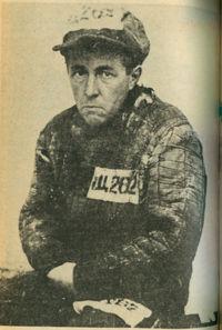 Les dissidents: Kravchenko, Sakharov, Soljenitsyne. dans Modèle soviétique/démocraties populaires solzhenitsyn_gulag_mugshot_1953